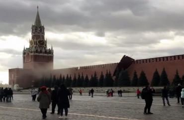 Qasırğa Kremlin divarını uçurdu -  YENİLƏNİB -VİDEO