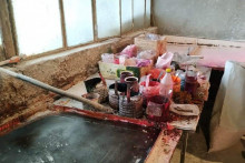 Qənnadı müəssisəsində YOXLAMA:  Mənşəyi bilinməyən boyalar üzə çıxdı