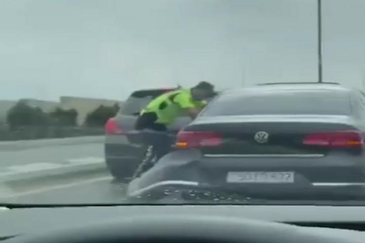 Yol polisindən qaçmaq istəyən sürücü